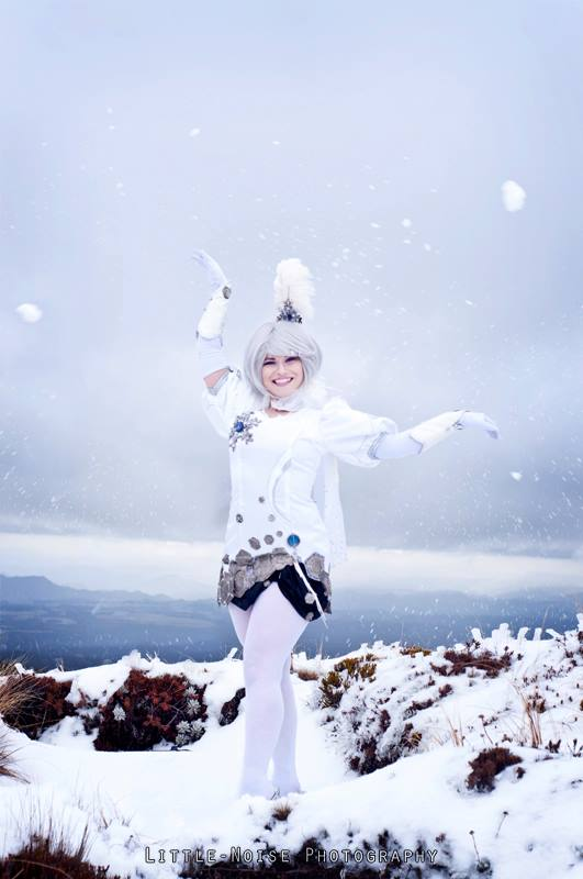 Aion Cosplay 3